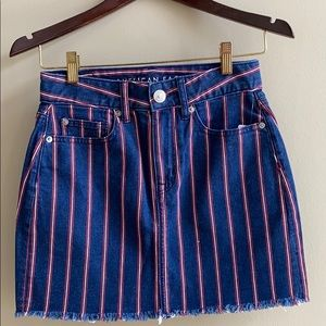American Eagle outfitters denim skirt. Size 0 NWOT